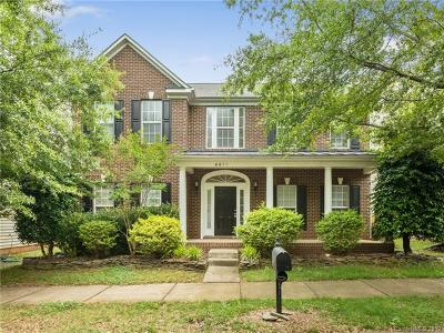 Huntersville Single Family Home For Sale: 6611 Olmsford Drive