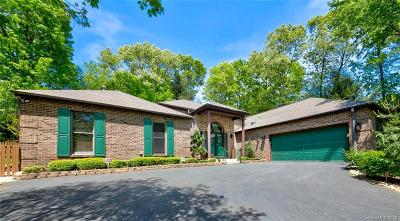 Hendersonville Single Family Home For Sale: 139 Sweetwater Hills Drive