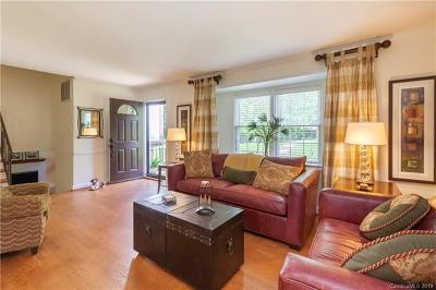 Single Family Home For Sale: 2401 Roundabout Lane