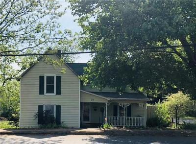 Single Family Home For Sale: 53 Duke Street