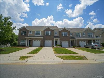 Charlotte Single Family Home For Sale: 5672 Tipperlinn Way #67