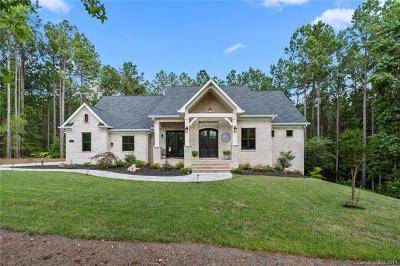 Lancaster Single Family Home For Sale: 6109 Chimney Bluff Road