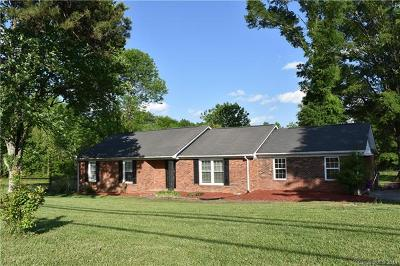 Matthews Single Family Home For Sale: 4716 Margaret Wallace Road