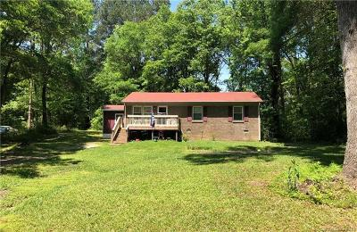 Catawba Single Family Home For Sale: 748 Hill Drive