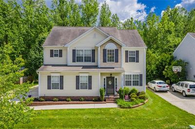 Huntersville Single Family Home For Sale: 11926 Journeys End Trail