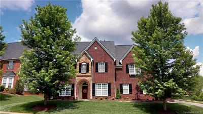 Concord Single Family Home For Sale: 10119 Falling Leaf Drive
