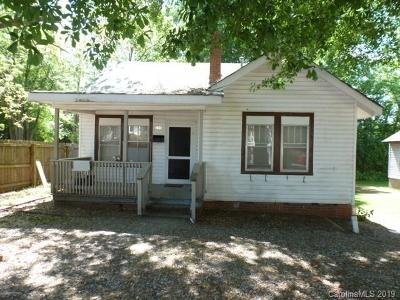 Lancaster Single Family Home For Sale: 204 Wylie Street