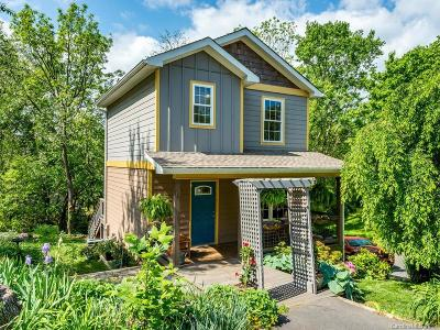Single Family Home Under Contract-Show: 12 Lawndale Avenue