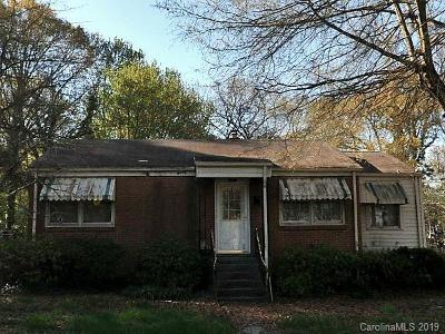Charlotte Single Family Home For Sale: 1421 Moretz Avenue