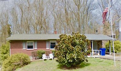 Single Family Home For Sale: 25 Tanglewood Drive