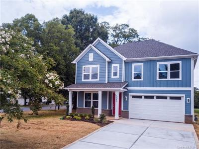Single Family Home Under Contract-Show: 6042 Fox Crossing Drive
