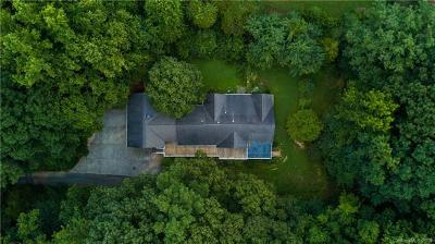 Mooresville Single Family Home For Sale: 737 Heatherly Road