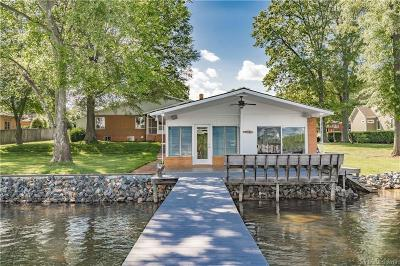 Cornelius Single Family Home For Sale: 18214 Delray Drive