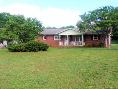 Mount Holly Single Family Home Under Contract-Show: 102 Vina Place