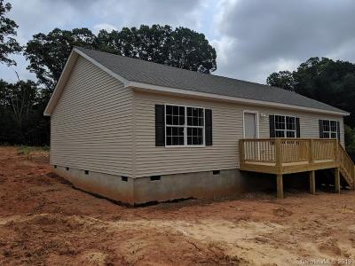 Statesville Single Family Home For Sale: 131 Whistling Pines Drive