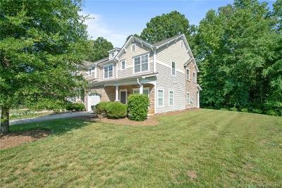 Charlotte Single Family Home For Sale: 4777 Craigmoss Lane