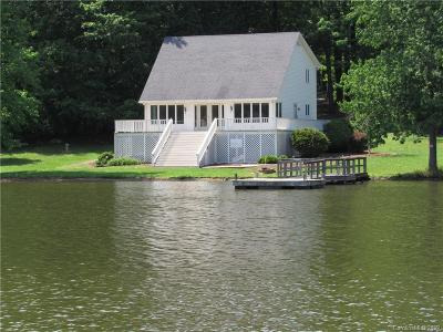 Single Family Home For Sale: 449 Island View Drive