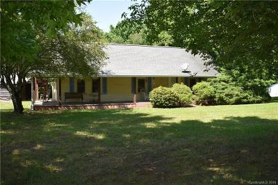 Rowan County Single Family Home For Sale: 8444 Cloverfield Drive