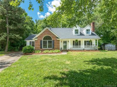 Huntersville Single Family Home For Sale: 12507 Levins Hall Road