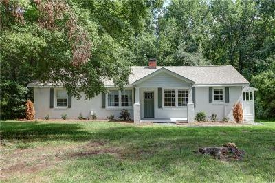 Charlotte Single Family Home For Sale: 7332 Wallace Lane