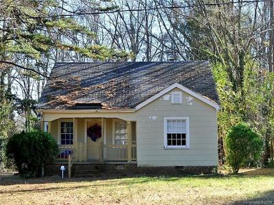 Single Family Home Under Contract-Show: 7340 Wallace Lane