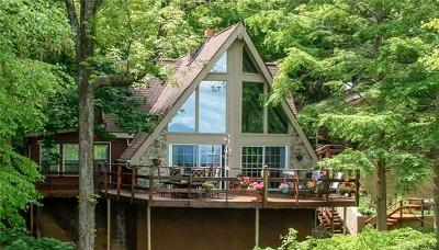 Waynesville Single Family Home For Sale: 264 Dogwood Trail