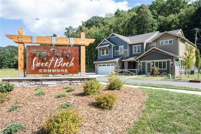 Bat Cave, Black Mountain, Chimney Rock, Columbus, Gerton, Lake Lure, Mill Spring, Rutherfordton, Saluda, Tryon, Union Mills Condo/Townhouse For Sale: 512 Sweet Birch Park Lane #5