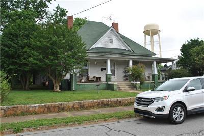 Multi Family Home For Sale: 118 Heilig Avenue