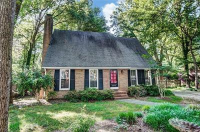 Charlotte Single Family Home For Sale: 6016 Kingstree Drive
