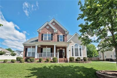Huntersville Single Family Home For Sale: 6715 Heritage Orchard Way