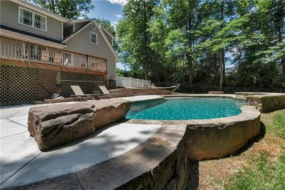 Charlotte Single Family Home For Sale: 4215 Kuykendall Road