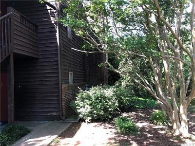 Charlotte Condo/Townhouse For Sale: 8061 Cedar Glen Drive