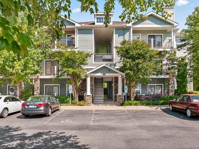 Candler Condo/Townhouse For Sale: 500 Vista Lake Drive #305