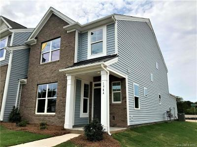 Mooresville Condo/Townhouse For Sale: 190 Waterlynn Ridge Road #A
