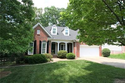 Charlotte Single Family Home For Sale: 5911 Swanston Drive