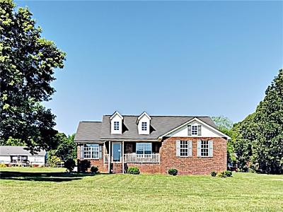 Union County Single Family Home For Sale: 3904 Autumn Wood Drive