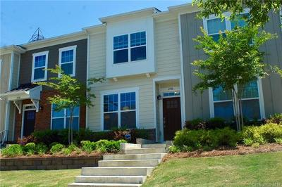 Charlotte Condo/Townhouse For Sale: 2726 Tranquil Oak Place
