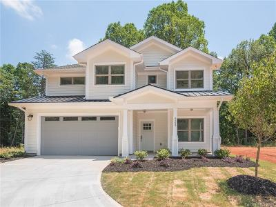 Charlotte Single Family Home For Sale: 10036 Fairway Ridge Road
