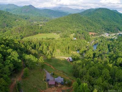 Jackson County Single Family Home For Sale: 403 E Laporte
