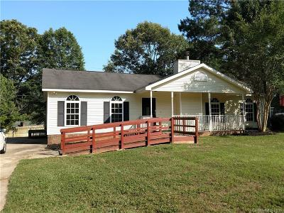 Gastonia Single Family Home For Sale: 1203 Candlewood Drive