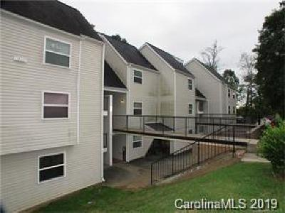 Charlotte Condo/Townhouse Under Contract-Show: 9119 Spyglass Place #L