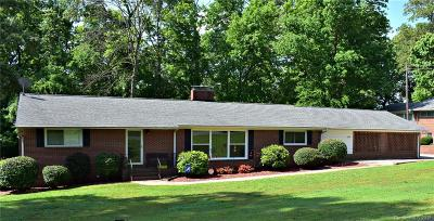 Mount Holly Single Family Home Under Contract-Show: 220 Dogwood Drive
