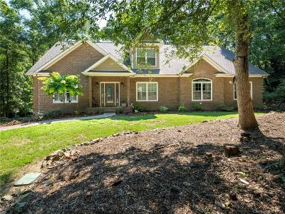 Matthews Single Family Home For Sale: 607 Bubbling Well Road