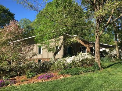Charlotte Single Family Home For Sale: 2319 Fernbank Drive