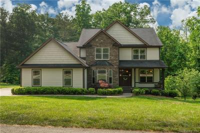Hendersonville Single Family Home For Sale: 216 Tradition Way