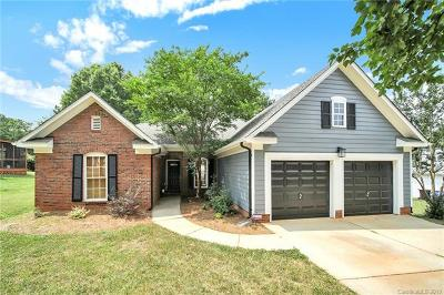 Single Family Home For Sale: 1402 Morgans Bend Bend