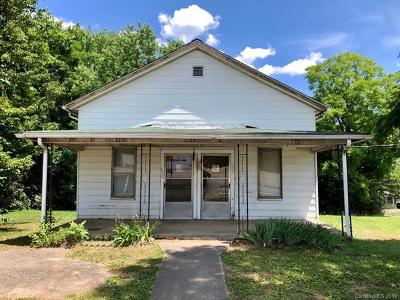 Catawba County Single Family Home For Sale: 153 33rd Street