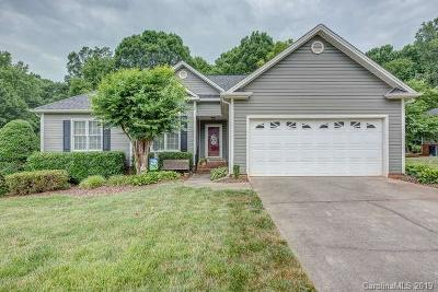 Belmont Single Family Home For Sale: 524 Cameron Pointe Lane