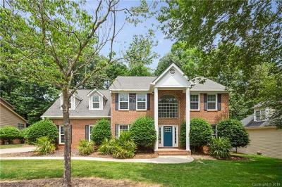 Single Family Home For Sale: 1024 Laurel Park Lane