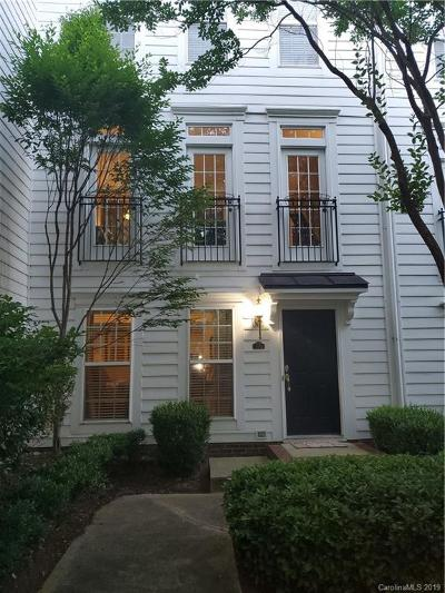 Vermillion Condo/Townhouse Under Contract-Show: 13824 Hill Street Street #163